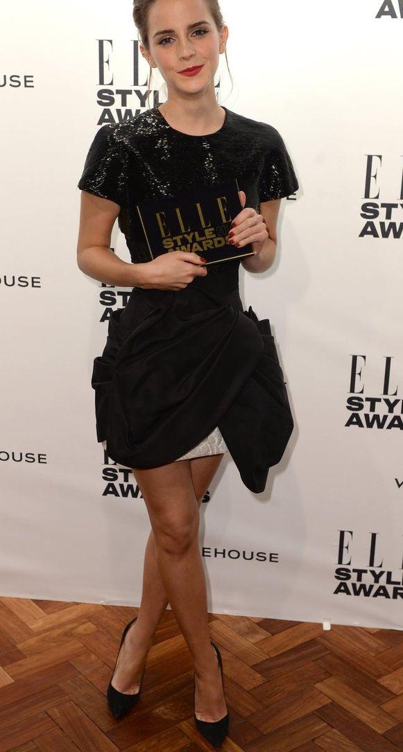 De gekruiste benen van Emma Watson.