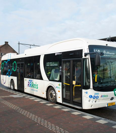 Fluisterstil en comfortabel: de nieuwe bussen van RRReis vallen in de smaak in Deventer