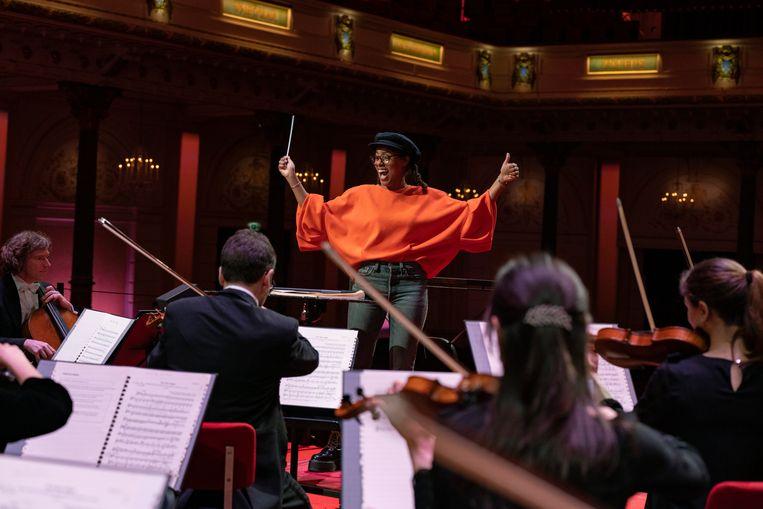 Eva Cleven kan tot haar verbazing dirigeren. Beeld Elmer van der Marel