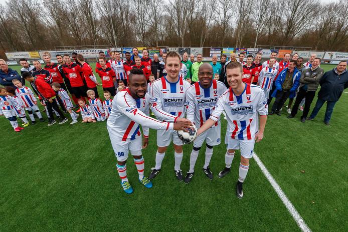 Klundert zette vier spelers in het zonnetje die afgelopen seizoen zijn gestopt: Christian Fuanani, Ferry Littooy, Poger Mukoko en Jeroen Veger