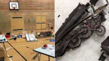 Vandalen vernielen modeltreinbeurs: Rod Stewart schenkt slachtoffers 10.000 pond