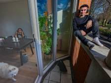 Sociaal diertje Thaddeus (17) zit erdoor: 'Door de lockdown zou je bijna vergeten hoe feesten voelt'