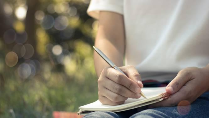 Poëzieleesclub gaat van start in de bibliotheek van Evergem