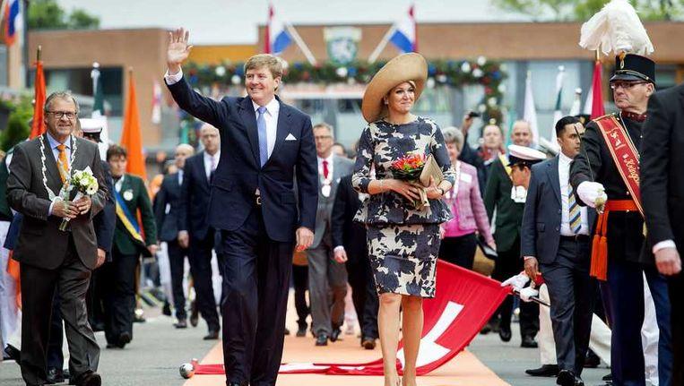 oning Willem-Alexander en koningin Maxima tijdens hun bezoek aan Duiven. Het koninklijk paar bezoekt, in het teken van de 'royal tour', de aankomende tijd de 12 provincies. Beeld anp