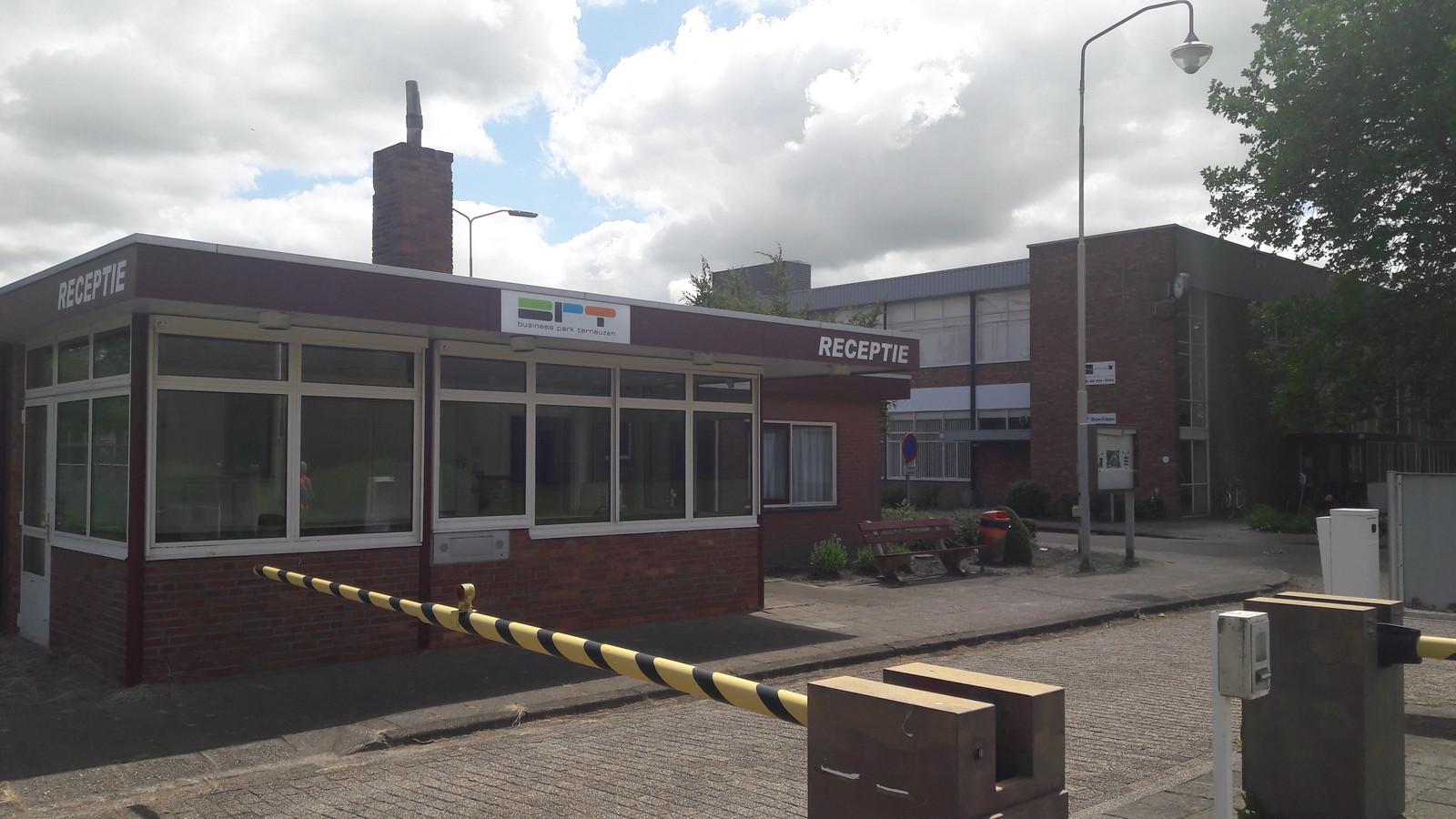 Entree vroeger Philips-terrein in Terneuzen.