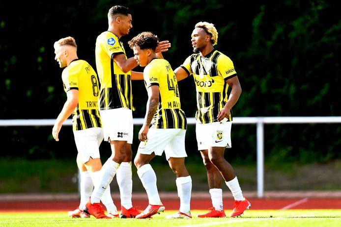 Spelers van Vitesse tijdens de oefenwedstrijd tegen VfL Bochum.