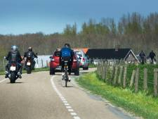 Gas open en te lawaaierig op Lekdijk? Dan verdien je een flinke prent, zegt motorrijdersclub