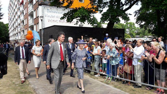 Prinses Beatrix bezoekt Tilburg-Noord.
