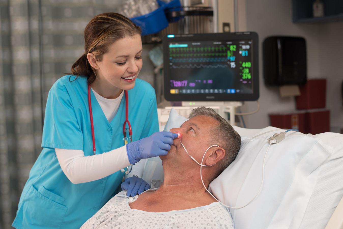 Xhale Assurance ontwikkelde een sensor die via de neusvleugel hartslag en zuurstofgehalte van het bloed van een patiënt kan meten.