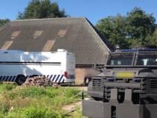 Justitie is nu ook breinen achter cokemanege Nijeveen op het spoor: een verdachte is aangehouden, vier anderen zijn voortvluchtig