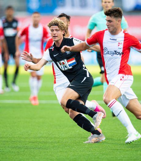 FC Eindhoven stunt bij titelkandidaat FC Emmen: Dahlhaus scoort in de slotfase de enige goal