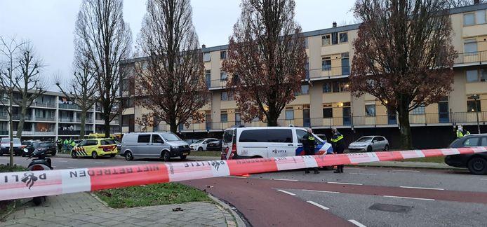 De situatie aan het einde van de middag na de fatale schietpartij in de 44ste straat Lankforst in Nijmegen.