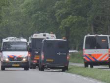 Dochter van 'partyboer' uit Wijster verstopte zich met zus en kinderen in een slaapkamer om te ontkomen aan de politie