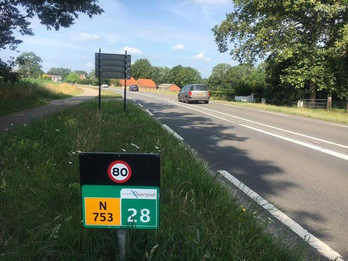 De Goorseweg (N753) is de weg tussen Markelo en Goor. Hij gaat dit najaar op de schop.
