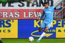Cody Gakpo in actie tegen FC Twente.