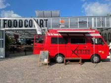 Kapper Jesse knipt vanuit zijn mobiele barbershop: 'Eerst in Australië, nu in Groningen'