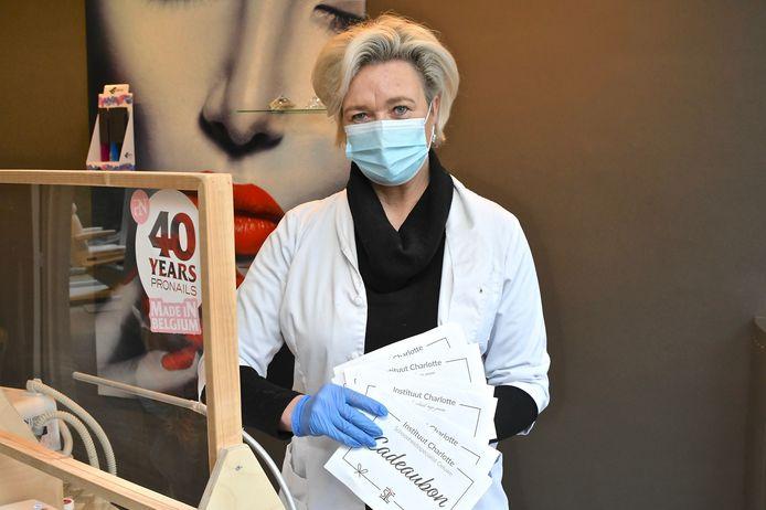 Charlotte Godderis baat al sinds 1989 een schoonheidsinstituut uit. Eerst in de Beselarestraat en nu al lang in de Ieperstraat.