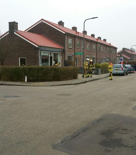 Woningen ontruimd na gaslucht bij servicepunt in Dieren