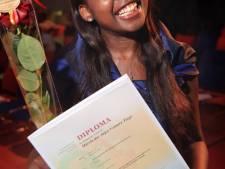 Geen colleges maar uitzetting voor Angolese Márcia (18)