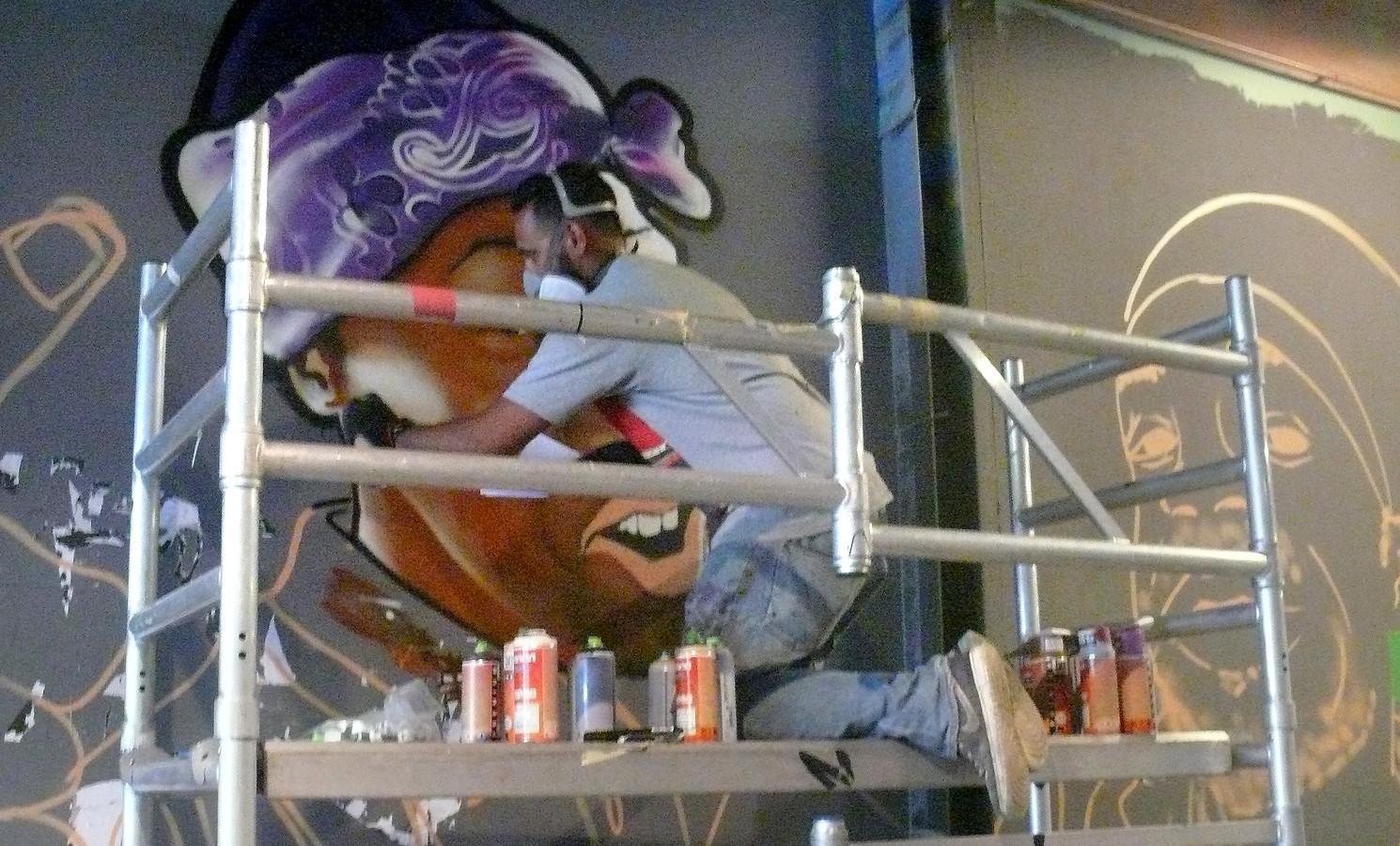 Steven Hopman uit Roosendaal op vierde Graffiti Jam in Roosendaal.