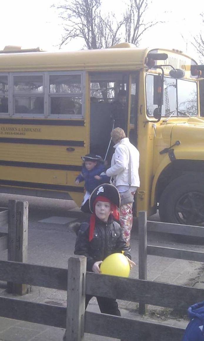 Kinderen van de Prins Willem Alexanderschool mochten verkleed naar school komen.