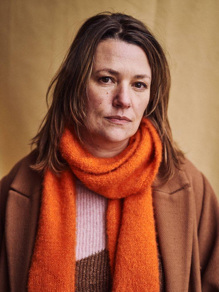 Emilie De Roo: 'Ik heb jarenlang in een grot geleefd: kindjes gemaakt, nestje gebouwd. En toen ik weer wilde uitvliegen, kwam corona.' Beeld Thomas Sweertvaegher