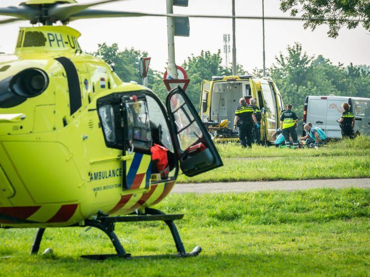 Voetganger ernstig gewond na aanrijding bij Cothen