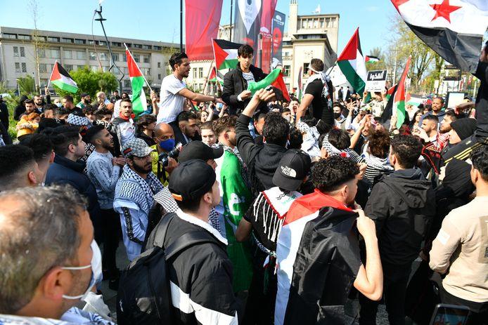 De demonstranten houden een anti-Israëlprotest.