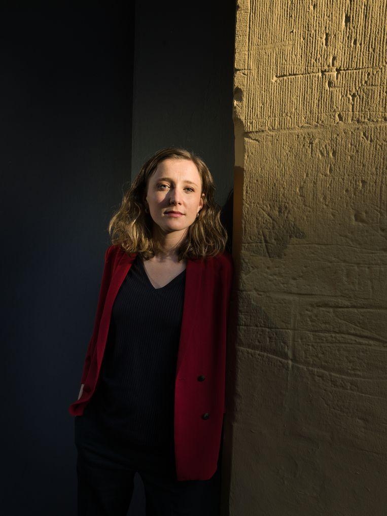 Marloes Lemsom: 'Ik vind dat de journalistiek vaak randstedelijk is.' Beeld Ivo van der Bent
