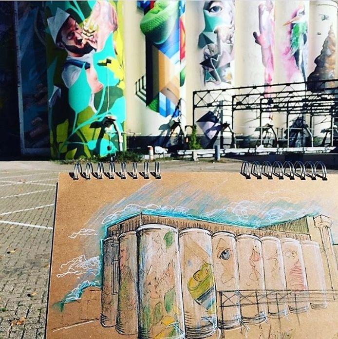 Urban Sketchers. Hier de silo's op de Tramkade