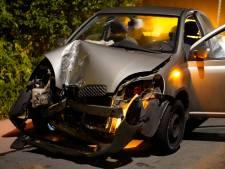 Auto total loss na botsing ophaalbrug Boskoop