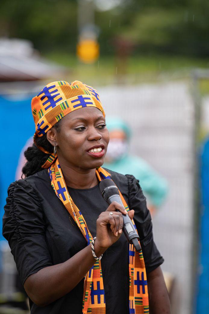 Nana Scholten vorig jaar tijdens de Black Lives Matter-demonstratie in Deventer.