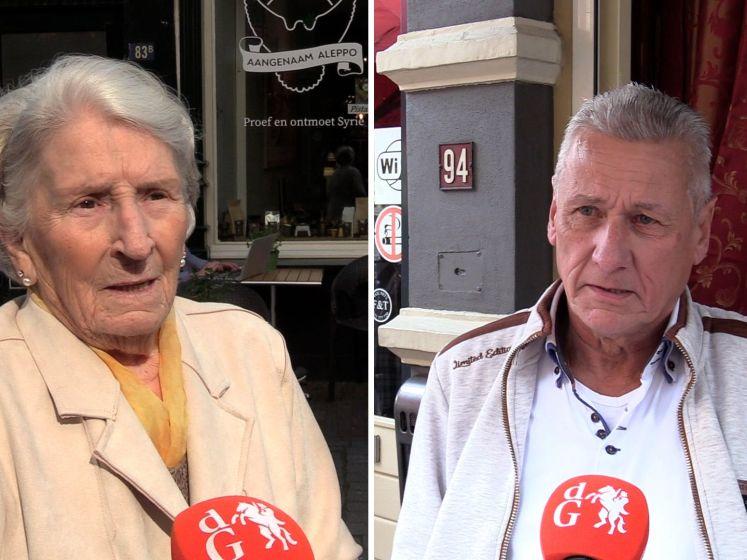 Ouderen worstelen met qr-code voor café en bioscoop