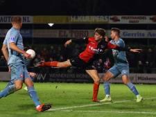 De Treffers-spits Lowie van Zundert in gesprek met Spakenburg