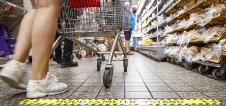 Supermarkten willen discussie voorkomen en weigeren klanten zonder mondkapje niet