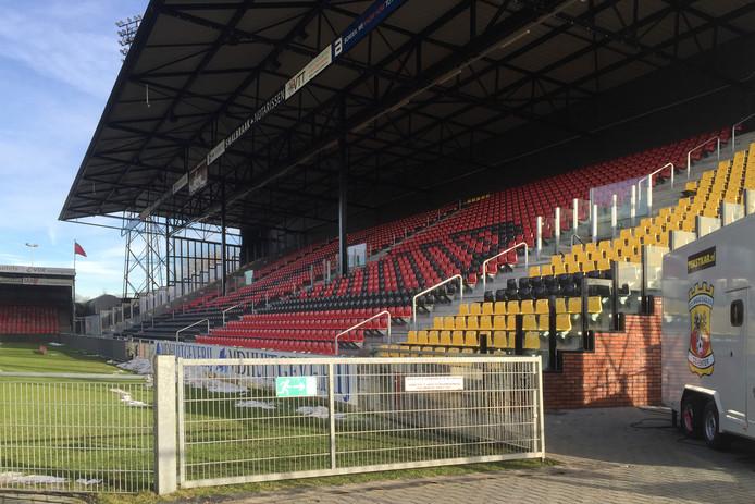 De Leo Halle Tribune wordt zaterdagavond opengesteld voor supporters.