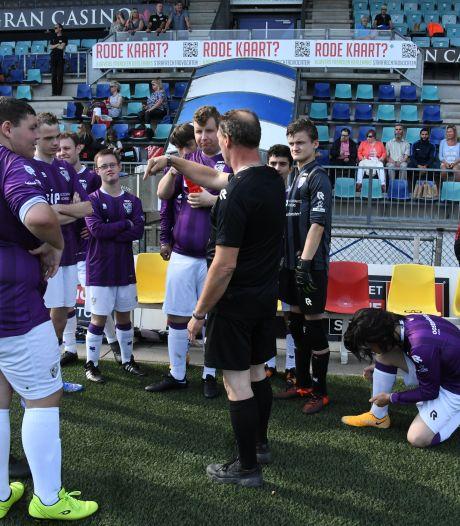 Buitenspel bestaat niet bij Special Soccer in stadion Den Bosch: 'Iedereen is gelijk'