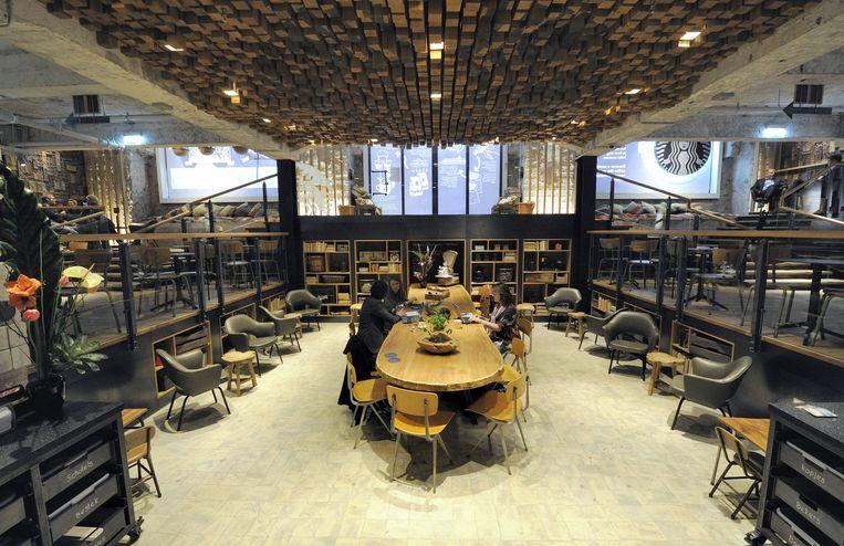 Een Starbucks-café op het Rembrandtplein. Beeld EPA