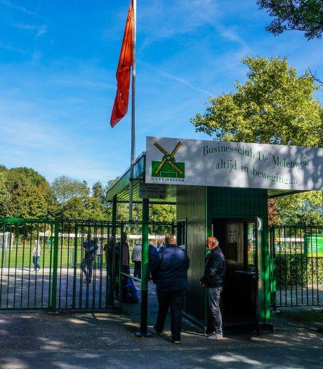 VV Heerjansdam zwaar teleurgesteld in gemeente nu beloofde kunstgrasveld niet komt: 'Een mokerslag'