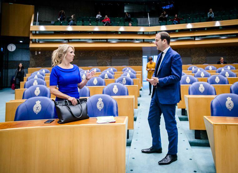 Lilian Marijnissen (SP) en Lodewijk Asscher (PvdA) tijdens het Tweede Kamerdebat over het coronavirus.  Beeld ANP