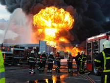 Tien jaar na de brand bij Chemie-Pack: toen was het ineens oorlog naast het Hollands Diep