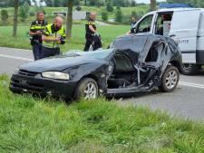Vermiste vriendinnen gevonden in gecrashte auto: 19-jarige overleden, 22-jarige ernstig gewond
