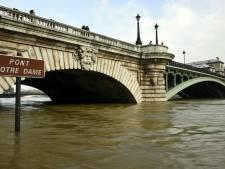 Le printemps le plus pluvieux à Paris depuis 150 ans