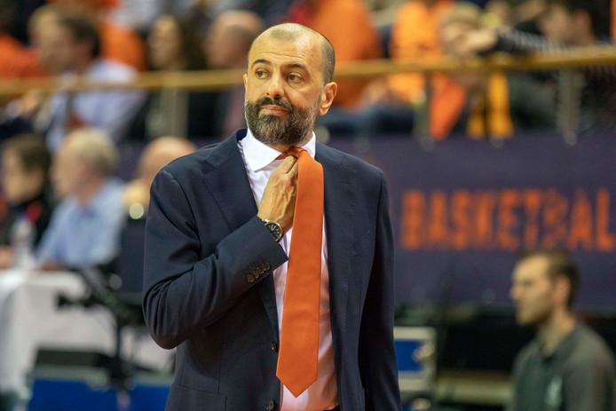 Maurizio Buscaglia, de Italiaanse bondscoach van Nederland.