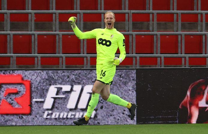 Des arrêts décisifs et un but: Arnaud Bodart a écrit une belle page de sa jeune carrière contre Eupen.