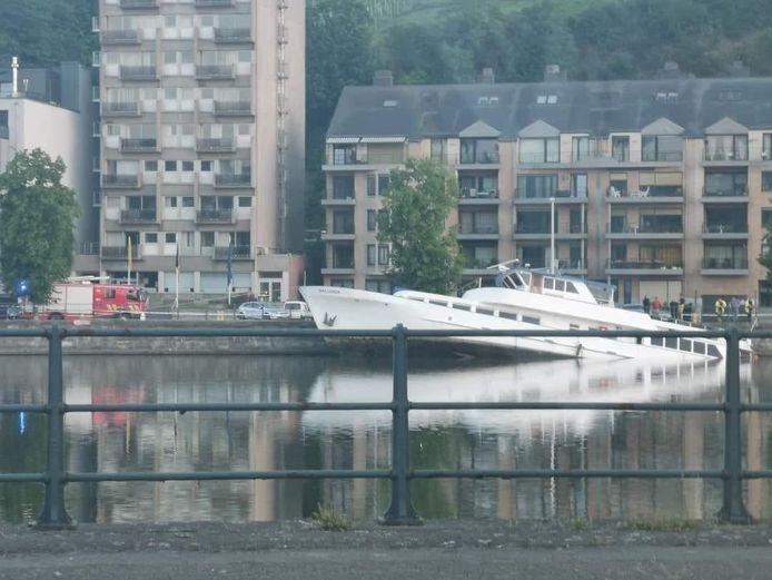 Le Wallonia, un yacht de 30 mètres de long, a coulé, ce vendredi 11 juin 2021, à Huy.