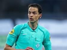 Martens fluit ADO tegen FC Emmen