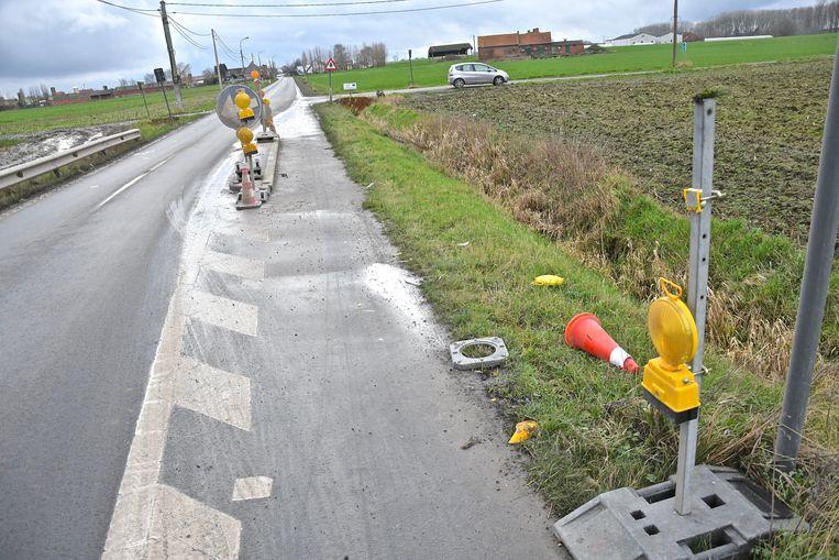 De wegversmallingen in de Grote Roeselarestraat gaan weg