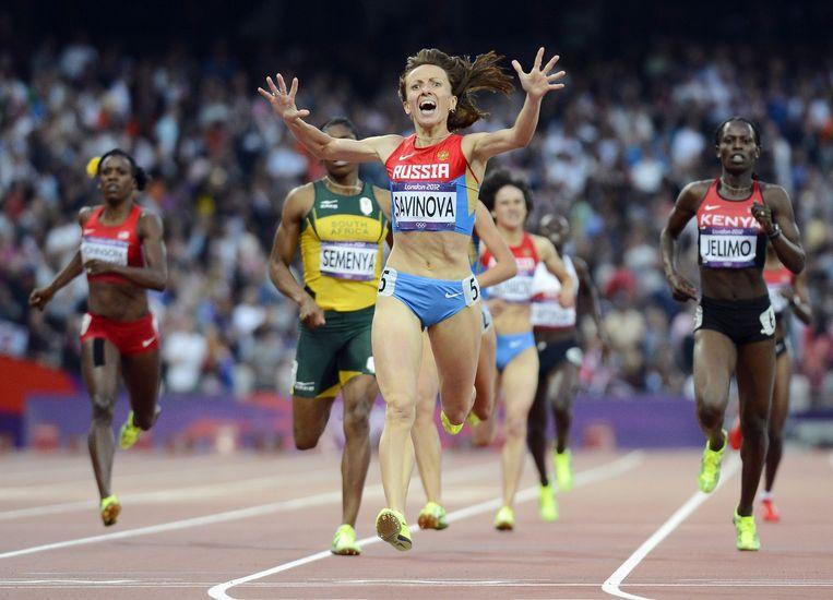 Mariya Savinova wint de finale van de 800 meter tijdens de Olympische Spelen van 2012. Beeld epa