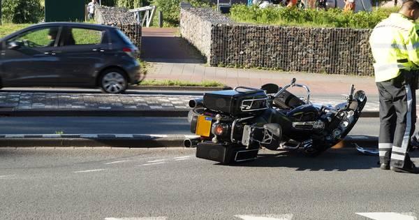 Motorrijder gewond door ongeluk met vrachtwagen in Waalwijk.